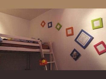 Appartager FR - CHAMBRE MEUBLEE - Bel appartement rénové, Bayonne - 455 € /Mois