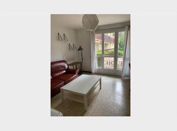 Appartager FR - Coloc pour 3 personnes Visites en juillet , Aix-en-Provence - 460 € /Mois