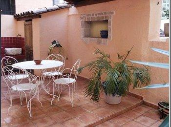 Appartager FR - Au coeur de Marseille proche Vieux-Port T2 40m2 avec terrasse 24m2 , Marseille - 640 € /Mois