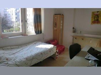 Appartager FR - Loue 2 chambres dans coloc 4 personnes - 390€ + 60€ charges, La Mulatière - 390 € /Mois