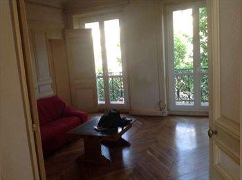Appartager FR - Colocation d'un appartement de 78m2 Blvd Voltaire, 11ème Arrondissement - 750 € /Mois