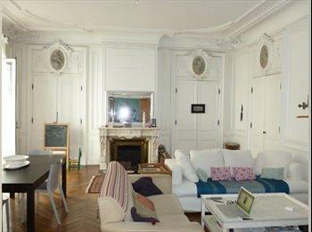 Appartager FR - grand appartement HYPERCENTRE IDEALE COLOCATION 350€ charges comprises, Saint-Etienne - 350 € /Mois