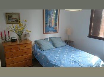 Appartager FR - CHAMBRE chez l'habitant pour  l'année scolaire, Aix-en-Provence - 450 € /Mois