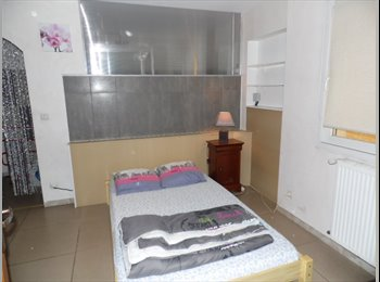 Appartager FR - Chambre meublée dans villa, Portes-lès-Valence - 380 € /Mois