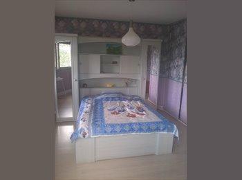 Appartager FR - a room near RER MASSY-PALAISEAU, Massy - 400 € /Mois