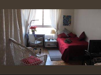 Appartager FR - CHAMBRE CALME PROCHE TOUR EIFFEL, 15ème Arrondissement - 750 € /Mois