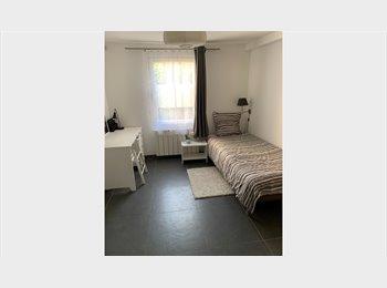Appartager FR - Chambre à louer dans colocation, Versailles - 590 € /Mois