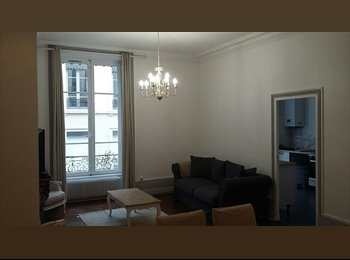 Appartager FR - Appartement 5 pieces - 3 chambres - 103m²  (Lyon 2 Ainay), Lyon - 1000 € /Mois