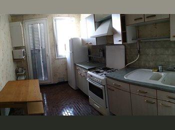 Appartager FR - Colocation / Grenoble  sur le cours Jean PERROT, Poisat - 300 € /Mois