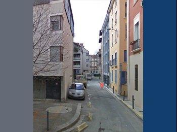 Appartager FR - Colocation dans l'hyper-centre, Grenoble - 260 € /Mois