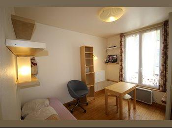 Appartager FR - Rue du Commerce, Paris 15: Beau studio meublé , 15ème Arrondissement - 750 € /Mois