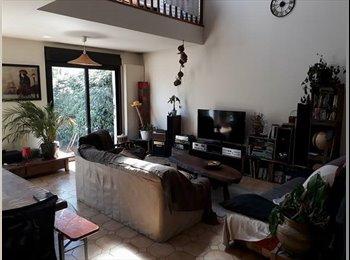 Appartager FR - Loft pour 2 personnes dans la maison du bonheur, Houilles - 740 € /Mois