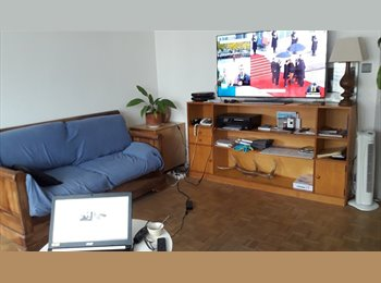 Appartager FR - location chambre LOUE 2 chambres  dans appart t3/4, Marseille - 400 € /Mois