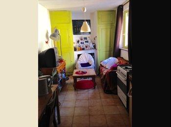 Appartager FR - Charmant appartement au coeur du Vieux Lyon, Lyon - 319 € /Mois