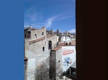 Appartager FR - Location d'une chambre sur courtes périodes, Marseille - 560 € /Mois