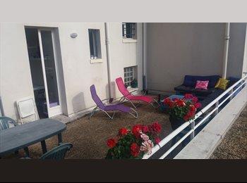 Appartager FR - Colocation Nanterre ville , Nanterre - 590 € /Mois