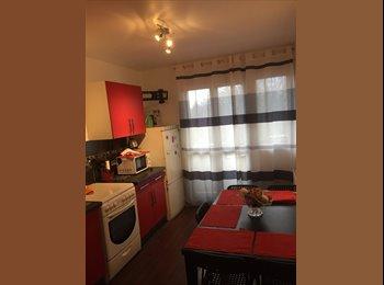 Appartager FR - 2 Chambres à Louer en Colocations à Champs sur Marne, Champs-sur-Marne - 480 € /Mois