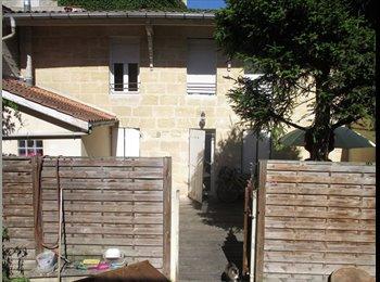Appartager FR - Coloc petite maison quartier Fondaudège, terrasse, potager, Bordeaux - 478 € /Mois
