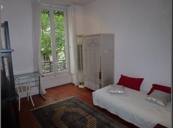 Appartager FR - Coloc 7° ARRDT Très bien situé entre Facultés & centre ville, Lyon - 475 € /Mois