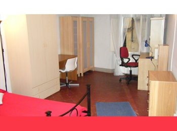 EasyStanza IT - Luminosa camera doppia, Siena - € 500 al mese