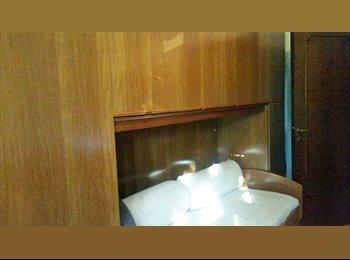 EasyStanza IT - MM2 Cassina de Pecchi - Camera singola con bagno privato , Cassina de' Pecchi - € 400 al mese