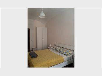 EasyStanza IT -  Ampie stanze con bagno disp. da giugno/Big rooms with baths available from June, Esquilino S.Lorenzo - € 590 al mese