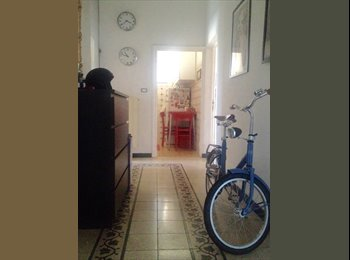 EasyStanza IT - Rent a single room, female only , Esquilino S.Lorenzo - € 500 al mese