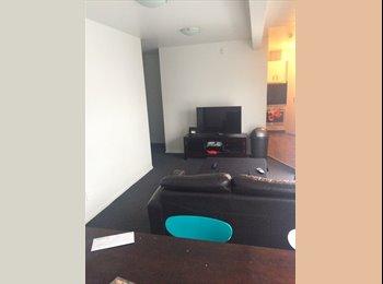 NZ - Big bed room on Webb Street , Wellington - $300 pw