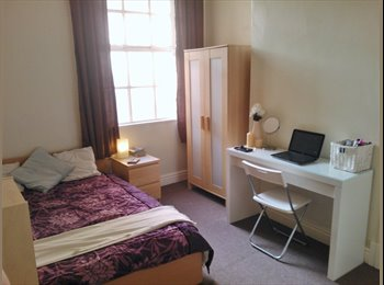EasyRoommate UK - Fosse Road Central Fully Furnished £350 per month, Westcotes - £350 pcm