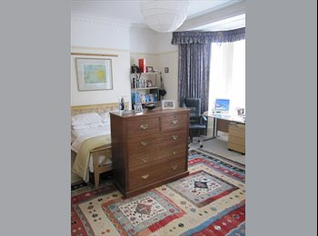 EasyRoommate UK - A Home from Home - £92 per wk all inclu, Mannamead - £400 pcm