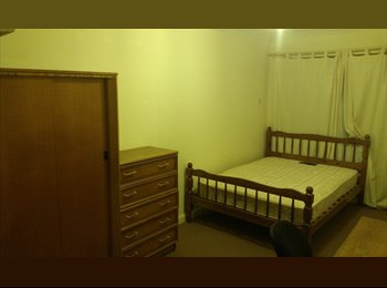 EasyRoommate UK - West city, double room available, Norwich - £395 pcm