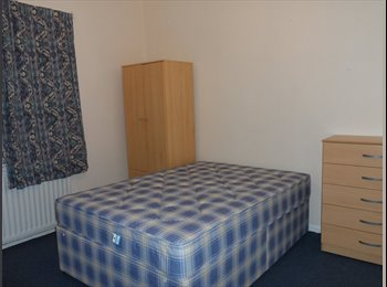 EasyRoommate UK -  1 room to let near the solent university, Southampton - £265 pcm
