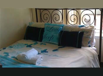 EasyRoommate UK - STOOOOOP????????AN EN-SUITE DOUBLE ROOM IS AVAILABLE TO RENT NOW. ALL BILLS INC, Dennistoun - £585 pcm