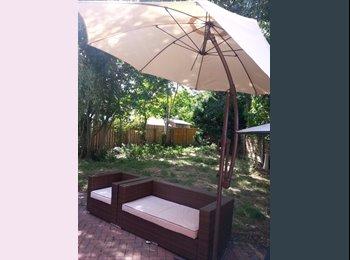 EasyRoommate UK - Furnished Double Bedroom, Ancoats - £550 pcm