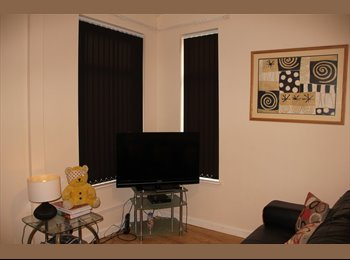 EasyRoommate UK - Great Double Rooms in a nice house near city centre - 1st months rent HALF-PRICE, New Basford - £295 pcm