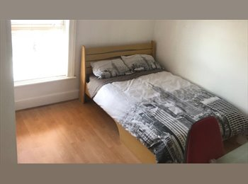 EasyRoommate UK - Student accommodation near Coventry University, Stoke Aldermoor - £390 pcm