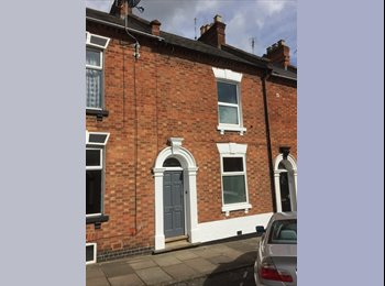 EasyRoommate UK - Near Hospital and Town Centre - double room, Cliftonville - £399 pcm