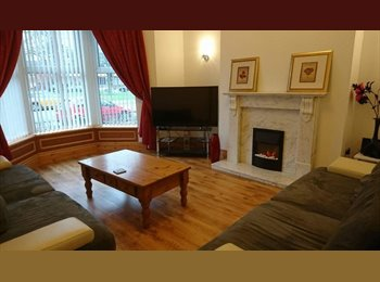 EasyRoommate UK - Lovely Victorian Townhouse close to City Centre, Carlisle - £252 pcm