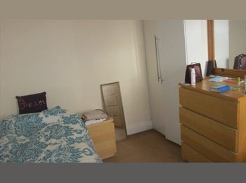 EasyRoommate UK - Short term all inclusive rooms in house near hospital/cathays, Maindy - £290 pcm