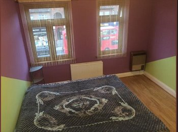 EasyRoommate UK - Cheap Double Room in front of Eastcote Underground Station , Eastcote - £540 pcm