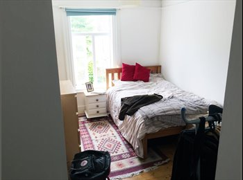 EasyRoommate UK - Large Double Bedroom Available (Brading Road), Kemptown - £600 pcm
