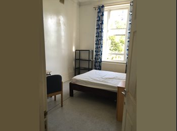 EasyRoommate UK - Room to Let, Deptford - £550 pcm