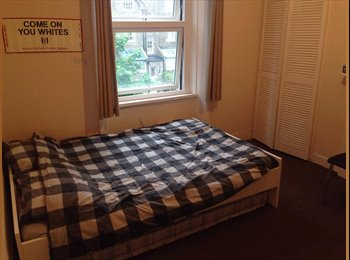 EasyRoommate UK - Large double room at caledonian road, Barnsbury - £650 pcm