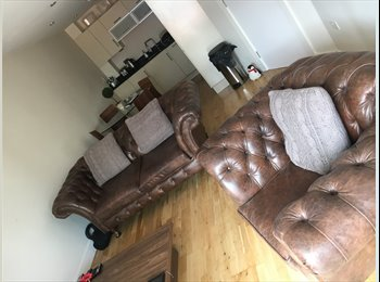 EasyRoommate UK - One Bed Flat to Rent in Leeds City Centre, Leeds - £725 pcm