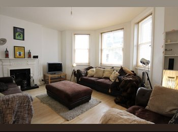 EasyRoommate UK - Double room in beautiful Seven dials flat to rent, The Lanes - £495 pcm