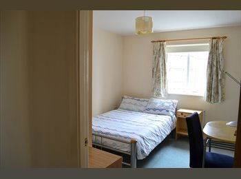 EasyRoommate UK - Researcher, Mannamead - £400 pcm
