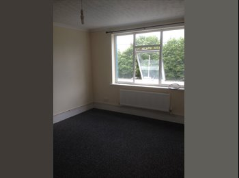 EasyRoommate UK - Ryton on Dunsmore, Rugby - £435 pcm