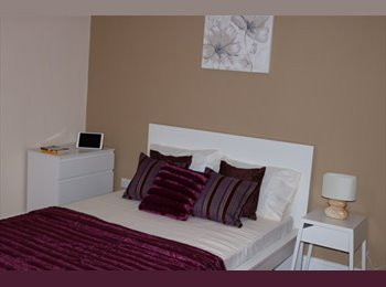 EasyRoommate UK - Refurbished, Luxury Professional Home, Luton - £550 pcm