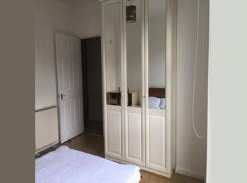 EasyRoommate UK - Fully Furnished Rooms with En-suite, Glasgow - £360 pcm