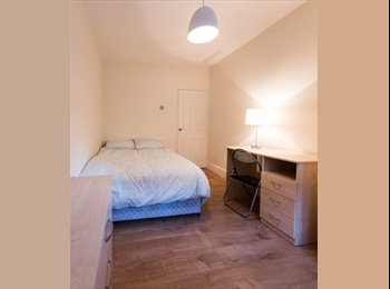 EasyRoommate UK - *GREAT DOUBLE ROOM IN ZONE 1, WALKING DISTANCE TO TOWER BRIDGE *, Newington - £920 pcm